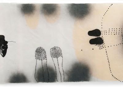 06 innere Spur III, 2012, Acryl, Sprühlack, Wachs auf Japanpapier, 78 x 145 cm