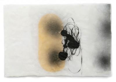 15 Tikatoutine (Mädchen), 2011, Acryl, Wachs, Collage auf Japanpapier, 21 x 30 cm